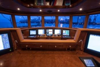 Superyacht PRIDE -  Bridge-680